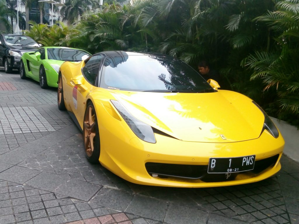 sewa mobil ferrari, rental ferraari, sewa ferrari, wedding car, rental mobil mewah, wedding car