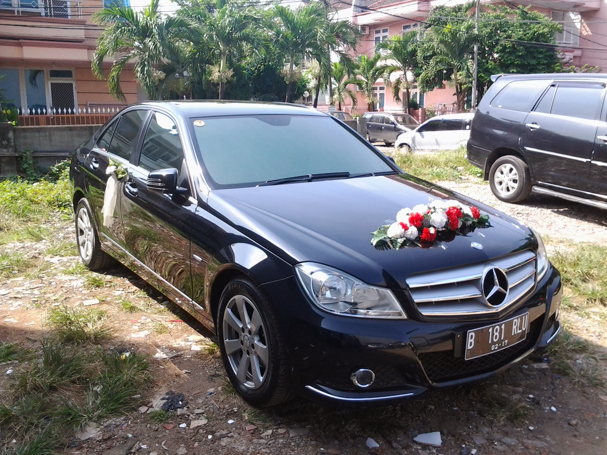 sewa mobil mercede benz c class, rental mercy c class, rental mobil mercedes benz c class, rent car mercedes benz c wedding car, rental mobil mewah, sewa mobil pengantin
